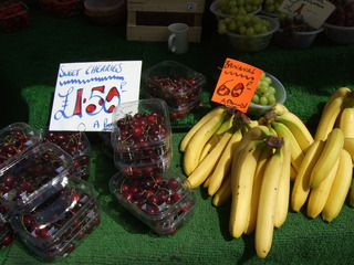At the market #4 - bananas, cherries, grapes, market, fruit, vegetable, market stand, Markt, Verkaufsstand, einkaufen, Obst