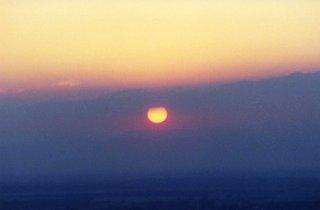 Sinkende Sonne - Sonnenuntergang, Abend, Meditation, Sonne, Himmel, Dämmerung