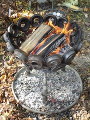 Feuerkorb - Feuer, Feuerkorb, geschmiedet, brennen, Holz, Technik, Wiederverwertung