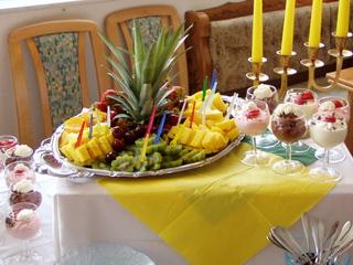 Buffetvorschlag1 - Buffet, Nachspeise, Süßspeise, Obst, Creme, Anrichten