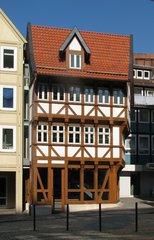 Hildesheim - Umgestülpter Zuckerhut - Hildesheim, Fachwerkhaus, Restauration, Restaurierung, konisch, Statik