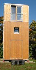 Modell eines Wohncontainers #1 - Wohncontainer, Unterkunft, Not, Holz, Kubus, Fenster