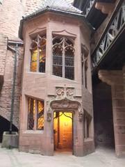 Hochkönigsburg  - Treppenaufgang - Burg, Burganlage, Mittealalter, Staufer, Elsass, Frankreich, Architektur, Sandstein