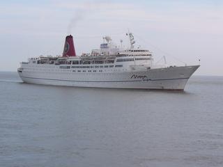 Kreuzfahrt - Verkehr, Wasser, Kreuzfahrt, Urlaub, Fernweh, Passagierschiff, Schiff
