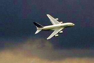 Flugzeug_fliegend#2 - Flugzeug, Transport, Transportmittel, Verkehr, Verkehrsmittel, fliegen, reisen, transportieren