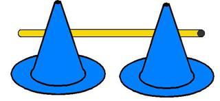 Pylonhürde_tief#4 - Pylon, Markierungskegel, Hütchen, Kegel, Sport, Sportgerät, Spielabgrenzung, Markierung, markieren, Hürde, tief, Hindernis