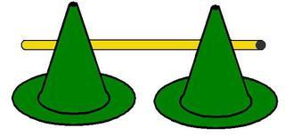 Pylonhürde_tief#3 - Pylon, Markierungskegel, Hütchen, Kegel, Sport, Sportgerät, Spielabgrenzung, Markierung, markieren, Hürde, tief, Hindernis