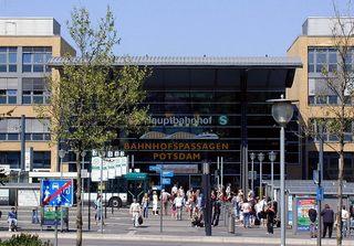 Hauptbahnhof  - Hauptbahnhof, Hbf, Personenbahnhof, Potsdam, Deutsche Bahn, S-Bahn, Busbahnhof, Haltestellen, Reisende