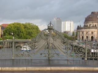 Berlin, Weidendammer Brücke, preußischer Adler - Berlin, Weidendammer Brücke, Adler, Schmiedeeisen, Ikarus, Preußen